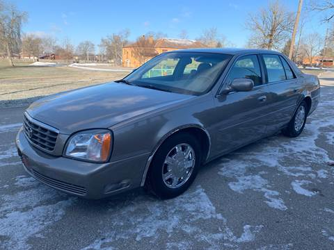 2004 Cadillac DeVille for sale at Clarks Auto Sales in Connersville IN