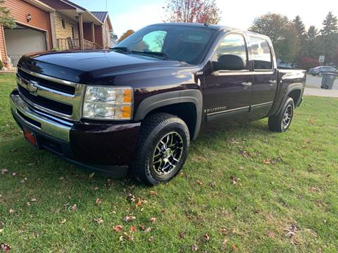 2009 Chevrolet Silverado 1500 for sale at Clarks Auto Sales in Connersville IN