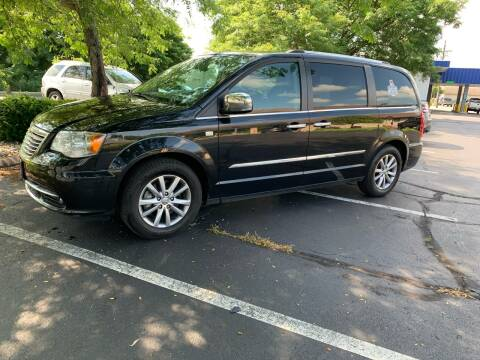 2014 Chrysler Town and Country for sale at Clarks Auto Sales in Connersville IN