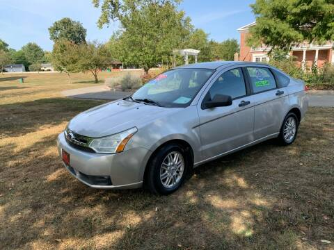 2009 Ford Focus for sale at Clarks Auto Sales in Connersville IN