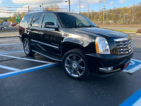 2008 Cadillac Escalade for sale at Clarks Auto Sales in Connersville IN
