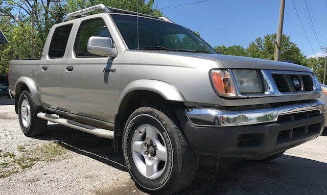 2000 Nissan Frontier for sale at Automobiles Unlimited in Ozark MO