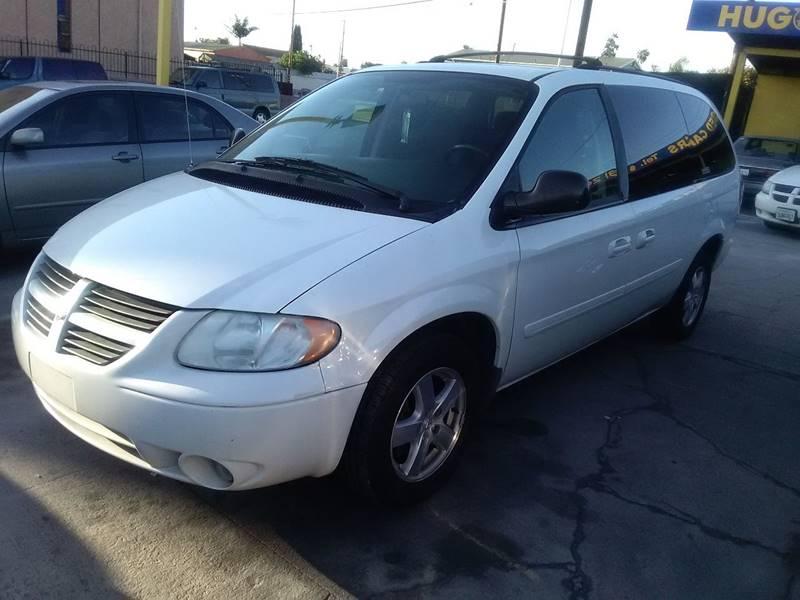 2007 Dodge Grand Caravan SXT 4dr Extended Mini-Van w/ Supplemental Side Curtain Airbags - Los Angeles CA