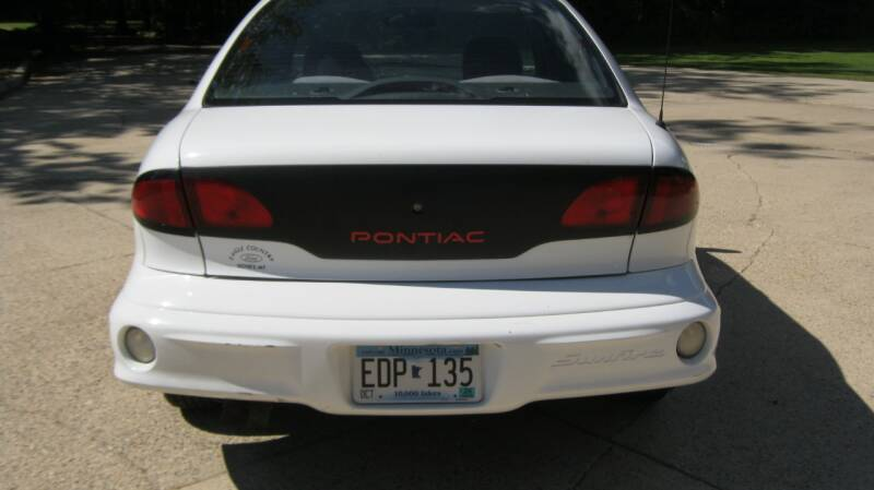 2000 Pontiac Sunfire SE 4dr Sedan - Wadena MN