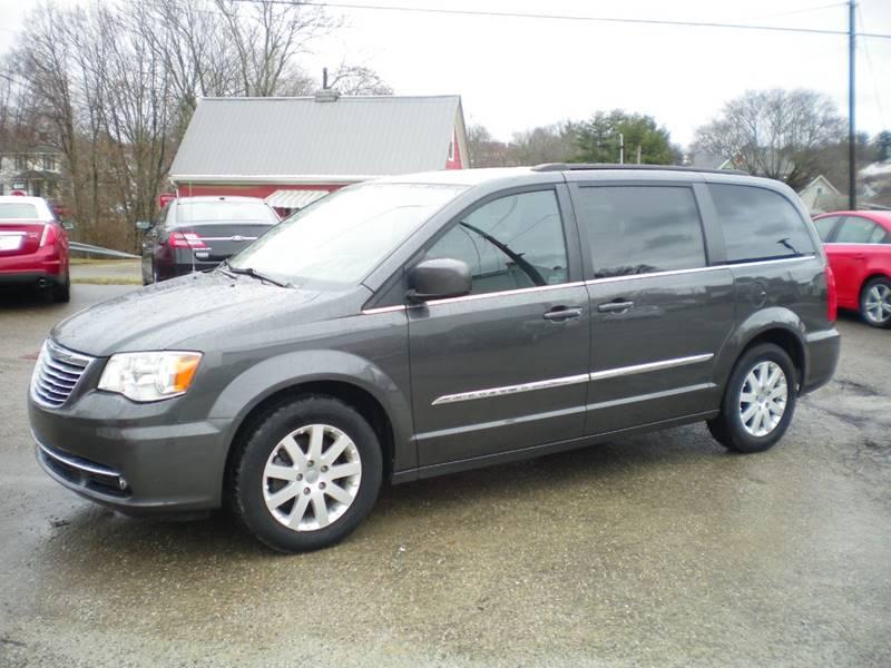 interior trend cars reviews en rating canada seats motor and chrysler platinum