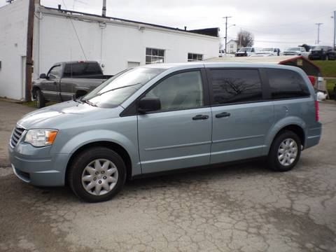 2008 Chrysler Town and Country for sale in Barnesville, OH