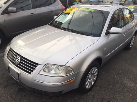 2002 Volkswagen Passat for sale in Middle Village, NY