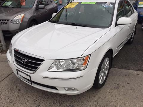 2009 Hyundai Sonata for sale in Middle Village NY