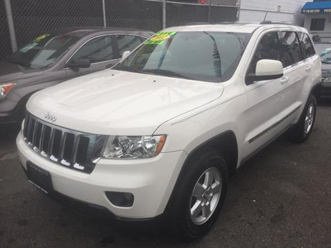 2012 Jeep Grand Cherokee for sale in Middle Village, NY