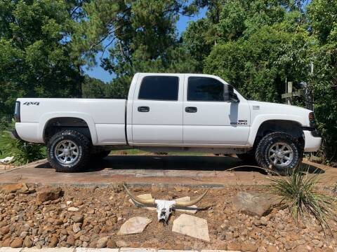 2004 GMC Sierra 2500HD for sale at Texas Truck Sales in Dickinson TX
