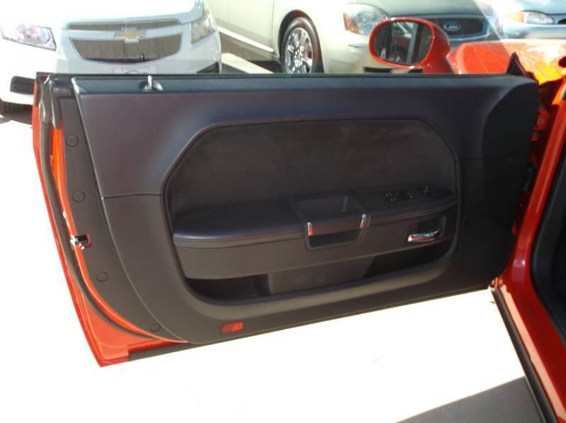 Contact ...  sc 1 st  Morgan county Motors & 2009 Dodge Challenger SRT8 2dr Coupe In Ft. Morgan CO - Morgan ... pezcame.com