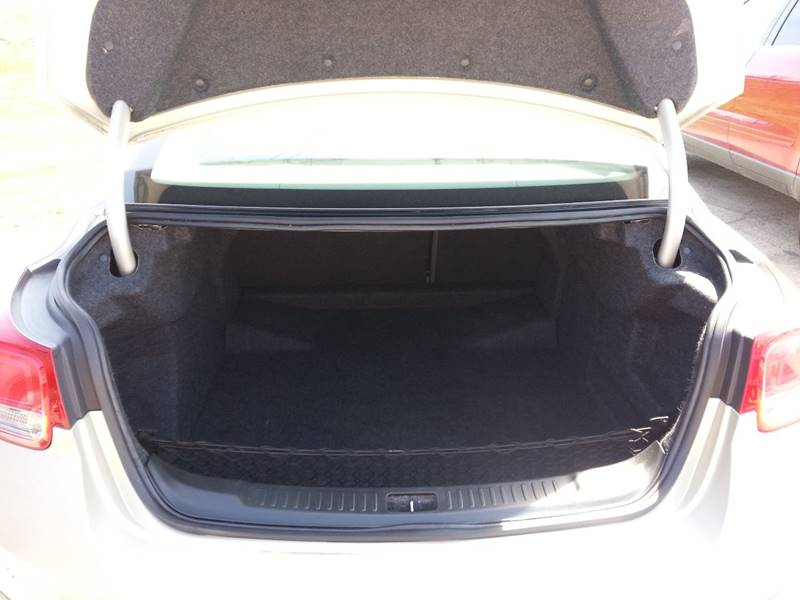 2013 Chevrolet Malibu LS 4dr Sedan - Farmington MO