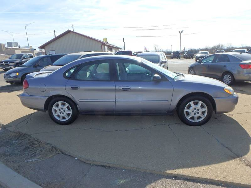 2007 Ford Taurus SE Fleet 4dr Sedan - Farmington MO