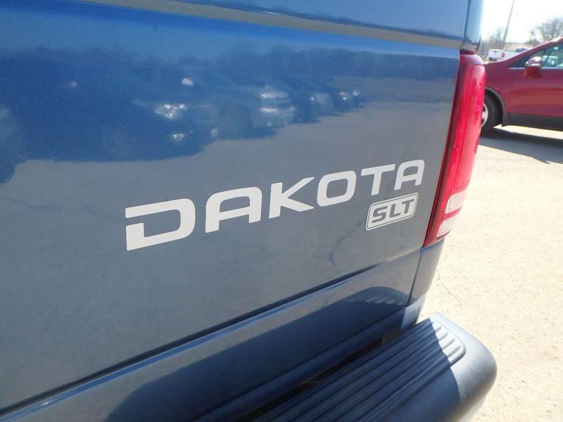 2004 Dodge Dakota 4dr Quad Cab SLT 4WD SB - Farmington MO