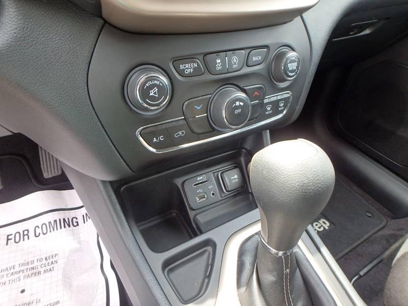2016 Jeep Cherokee Latitude 4dr SUV - Farmington MO