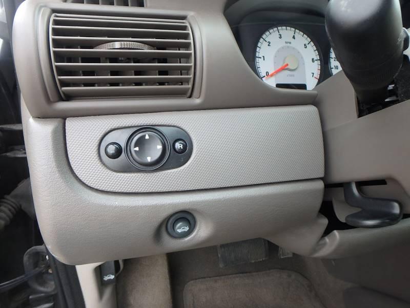 2005 Dodge Stratus SXT 4dr Sedan - Farmington MO