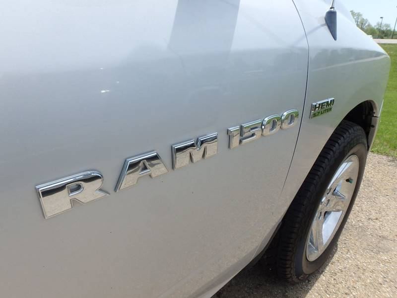 2012 RAM Ram Pickup 1500 4x4 ST 4dr Crew Cab 5.5 ft. SB Pickup - Farmington MO