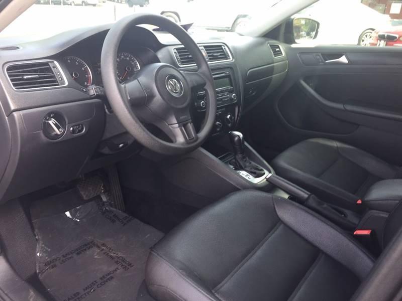 2012 Volkswagen Jetta SE 4dr Sedan 6A - Marietta GA