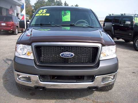 2005 Ford F-150 for sale at Shaw Motor Sales in Kalkaska MI