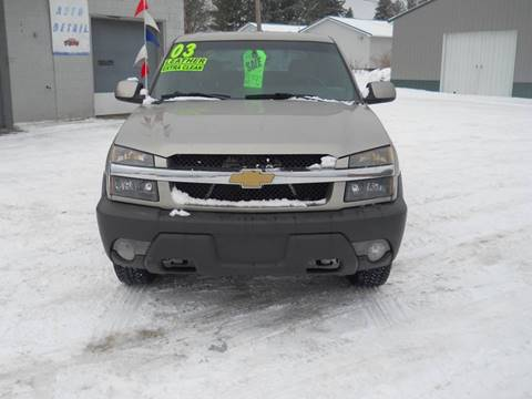 2003 Chevrolet Avalanche for sale at Shaw Motor Sales in Kalkaska MI