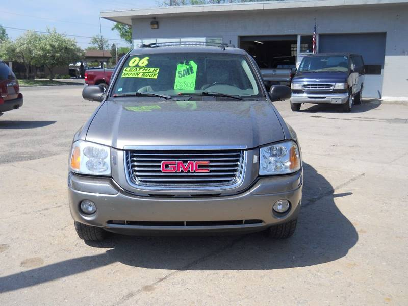 2006 GMC Envoy for sale at Shaw Motor Sales in Kalkaska MI