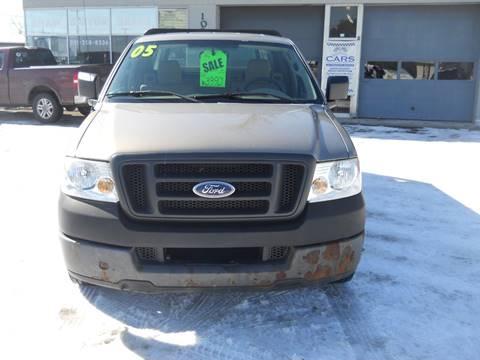 2005 Ford F-150 for sale at Shaw Motor Sales in Kalkaska MI