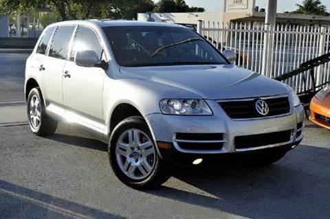 2006 Volkswagen Touareg for sale at MIAMI IMPORTS in Miami FL