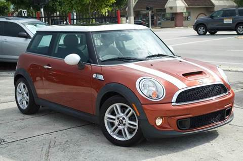 2011 MINI Cooper for sale at MIAMI IMPORTS in Miami FL