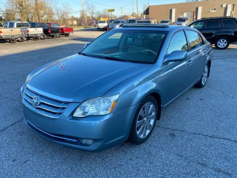 2005 Toyota Avalon XLS for sale at Brewster Used Cars in Anderson SC