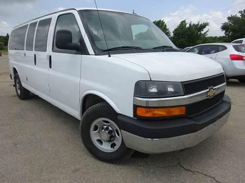 2012 Chevrolet Express Passenger for sale in Topeka, KS