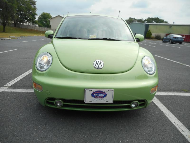 2003 Volkswagen New Beetle for sale at Gasoline Alley Auto Sales in Winchester VA