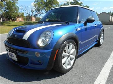 2005 MINI Cooper for sale at Gasoline Alley Auto Sales in Winchester VA