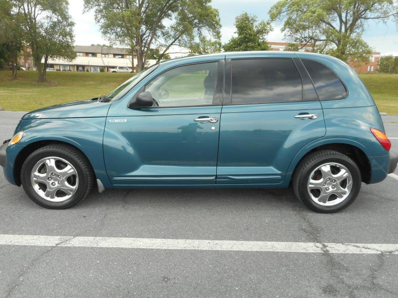 2001 Chrysler PT Cruiser for sale at Gasoline Alley Auto Sales in Winchester VA