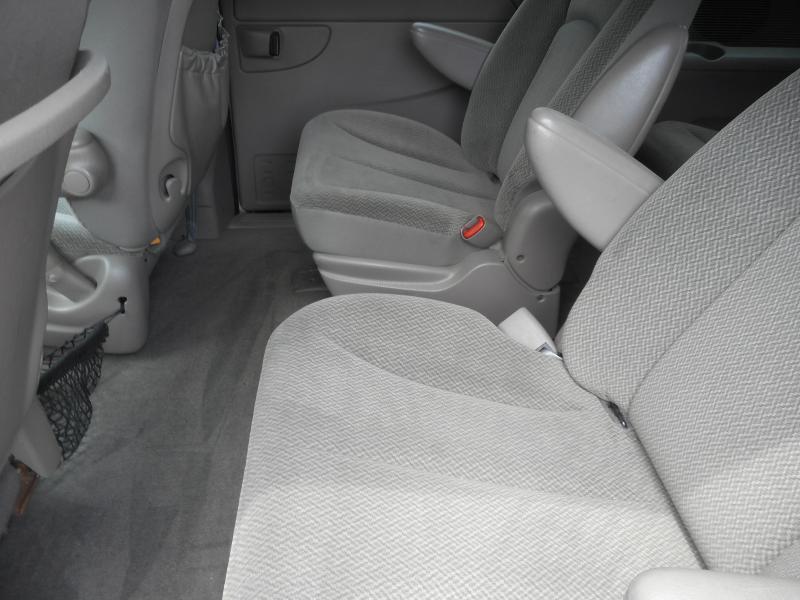 2004 Dodge Caravan for sale at Gasoline Alley Auto Sales in Winchester VA