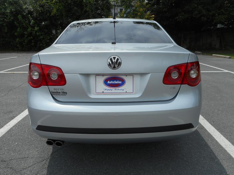 2007 Volkswagen Jetta for sale at Gasoline Alley Auto Sales in Winchester VA