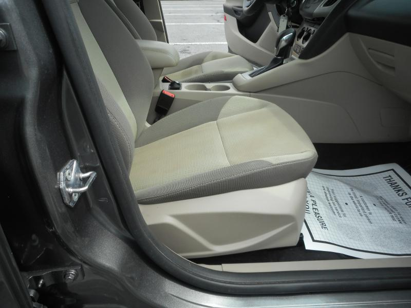 2013 Ford Focus for sale at Gasoline Alley Auto Sales in Winchester VA