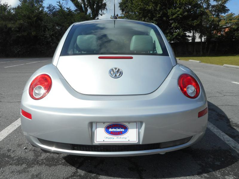 2006 Volkswagen New Beetle for sale at Gasoline Alley Auto Sales in Winchester VA