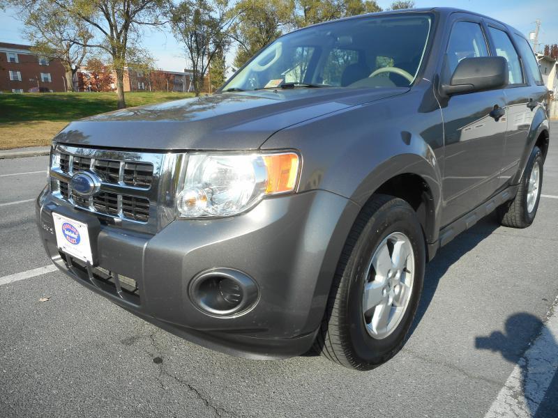 2010 Ford Escape For Sale >> 2010 Ford Escape Xls In Winchester Va Gasoline Alley Auto Sales
