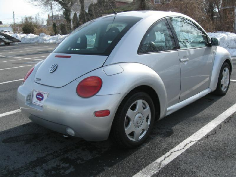 2001 Volkswagen New Beetle for sale at Gasoline Alley Auto Sales in Winchester VA