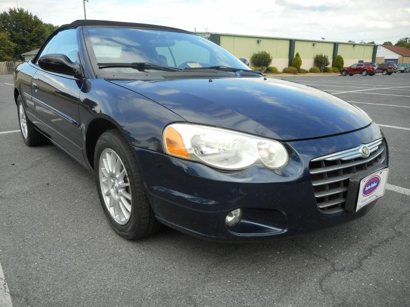 2005 Chrysler Sebring for sale at Gasoline Alley Auto Sales in Winchester VA