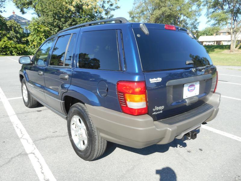 2002 Jeep Grand Cherokee for sale at Gasoline Alley Auto Sales in Winchester VA