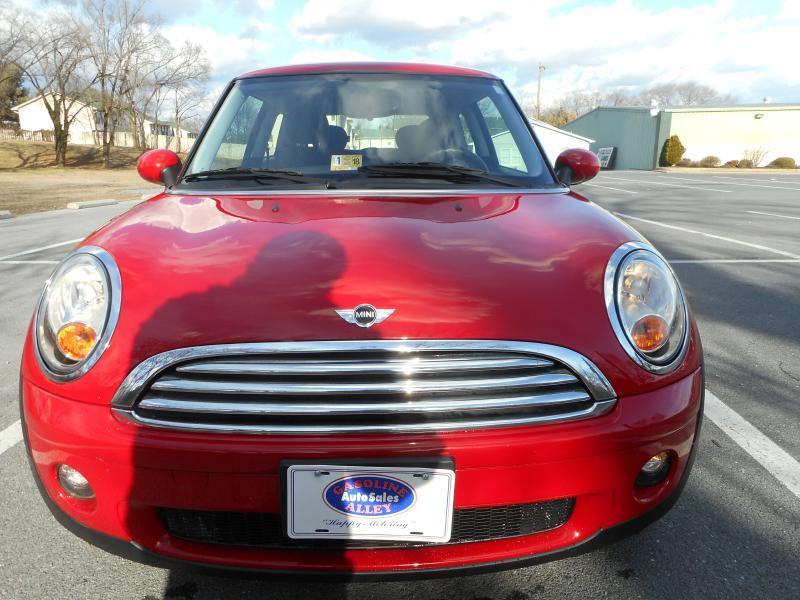 2007 MINI Cooper for sale at Gasoline Alley Auto Sales in Winchester VA