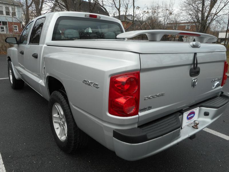 2009 Dodge Dakota for sale at Gasoline Alley Auto Sales in Winchester VA