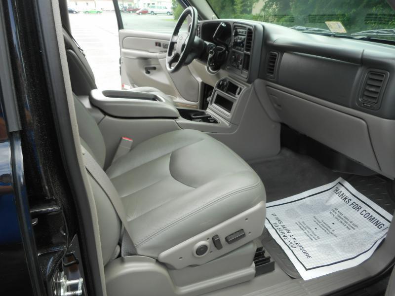 2005 Chevrolet Avalanche for sale at Gasoline Alley Auto Sales in Winchester VA