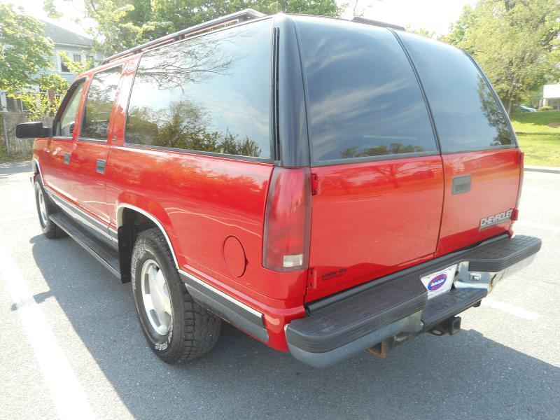 1999 Chevrolet Suburban for sale at Gasoline Alley Auto Sales in Winchester VA