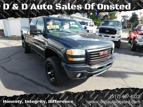 2003 GMC Sierra 2500HD for sale at D & D Auto Sales Of Onsted in Onsted   Brooklyn MI