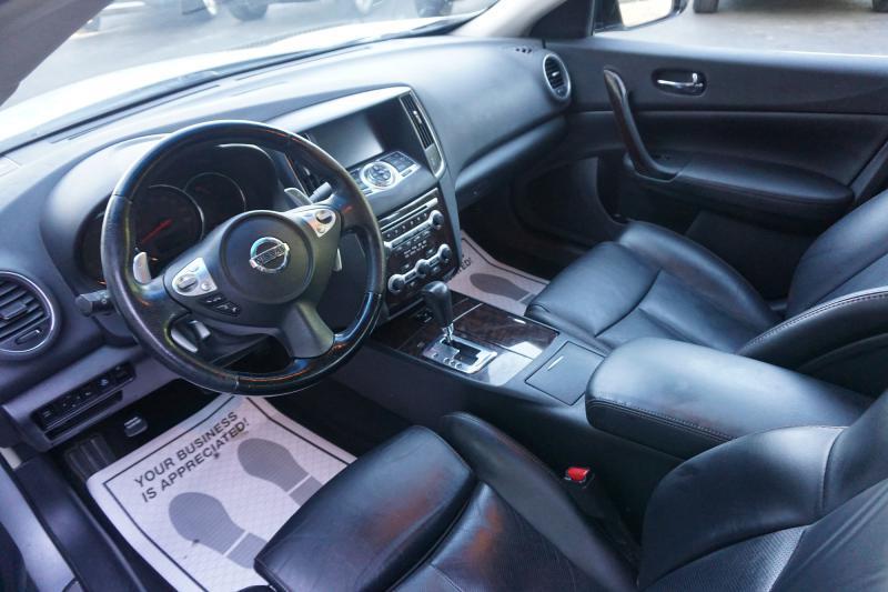 2010 Nissan Maxima S - Valparaiso IN