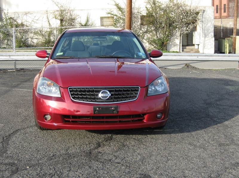 2005 Nissan Altima 3.5 SE 4dr Sedan - Passaic NJ