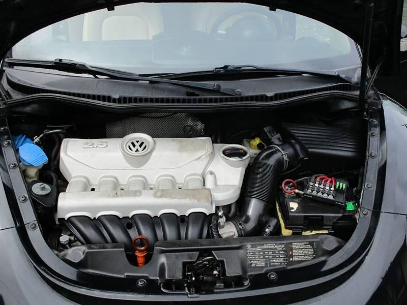 2010 Volkswagen New Beetle PZEV 2dr Convertible - Passaic NJ