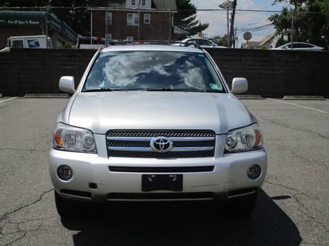 2006 Toyota Highlander Hybrid for sale at Park Motor Cars in Passaic NJ